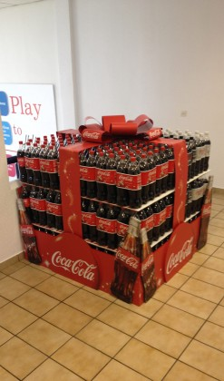 coca-cola-christmas-present